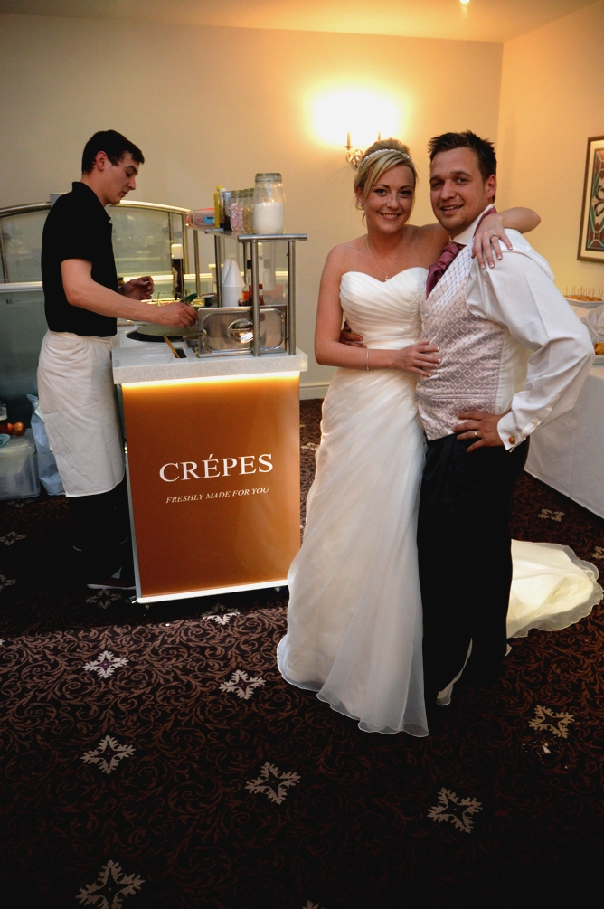 Crepe cart, making crepes at a wedding.
